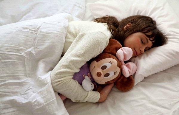 кукла для комфортного сна детей