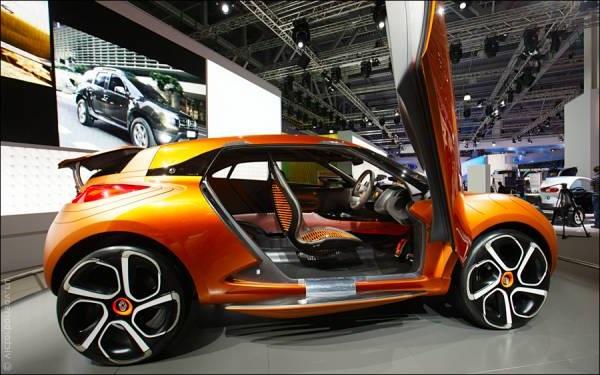 Компанией АвтоВАЗ с первого декабря поднялась стоимость на все автомобили Lada